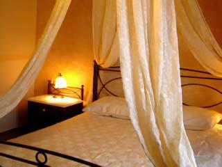 Athina Luxury Villas - Myrtia Room
