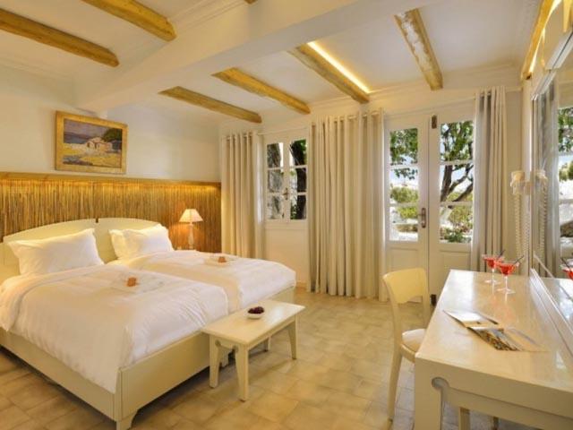Petinos Hotel -