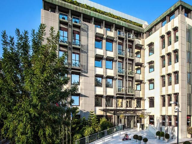 Les Lazaristes Hotel -