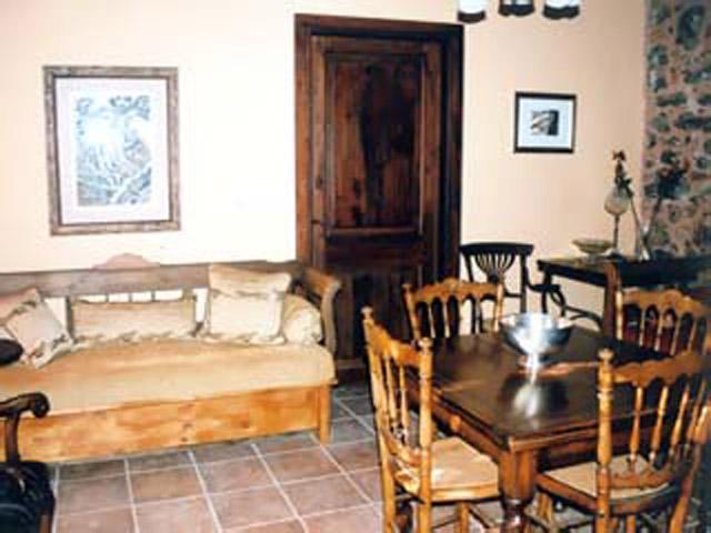 Pasiphae Dorovinis Country Houses - Living Room