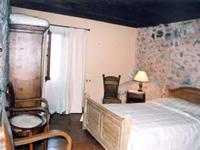 Pasiphae Dorovinis Country Houses - Bedroom