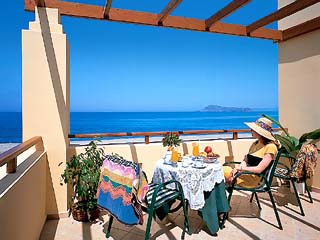 Silver Beach Hotel Apartments - Image5