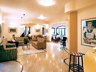 Silver Beach Hotel Apartments - Image7