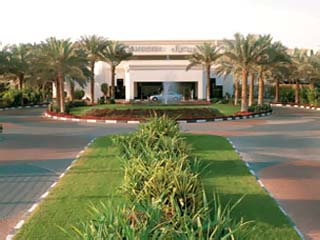 Le Meridien Dubai - Stay 3  & Pay 2 nights for your stay 01/04-30/09/2014