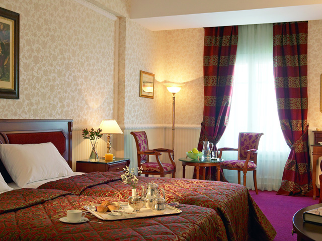 Grand Hotel Palace - Bedroom