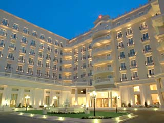 Grand Hotel Palace - Exterior View at night