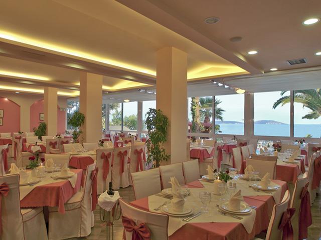 Tolon Holidays Hotel - Restaurant