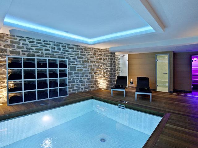 Mikro Papigo 1700 Hotel and Spa -