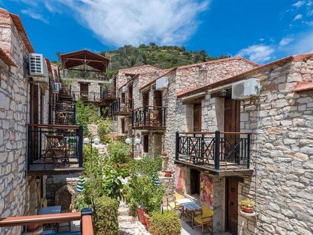 Stone Village Hotel -