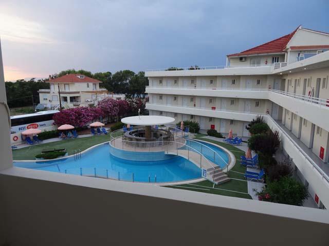 BaySide Hotel Katsaras -