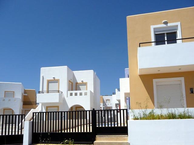 Gennadi Gardens Apartments -