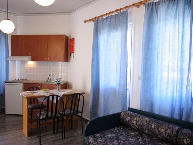 Koukouras Apartments -