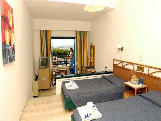 Kosta Mare Palace Resort & Spa -