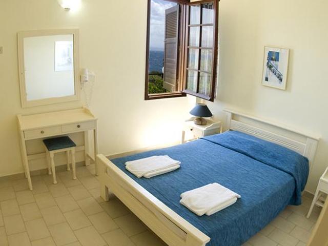 Alianthos Suites -