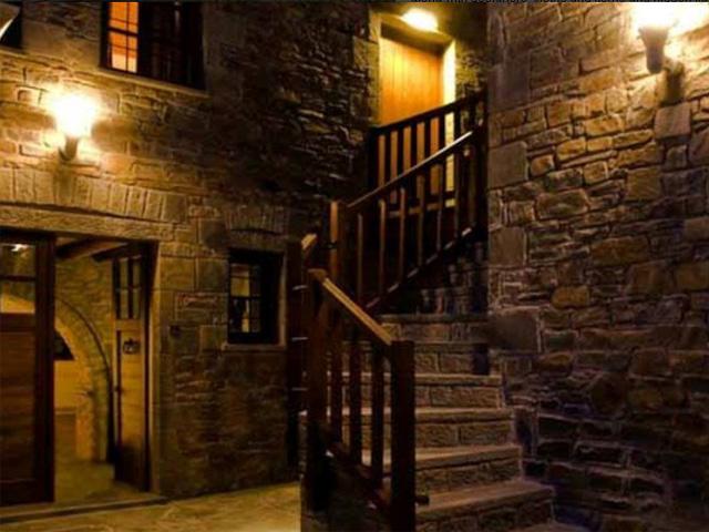 Kipi Suites Hotel -