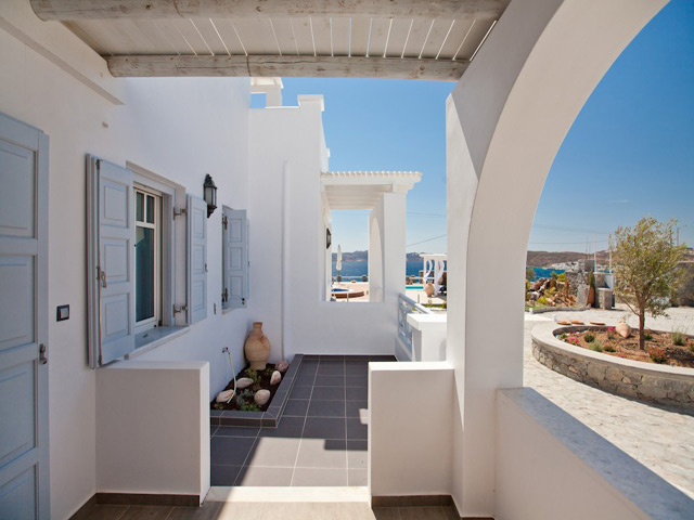 Miland Suites -
