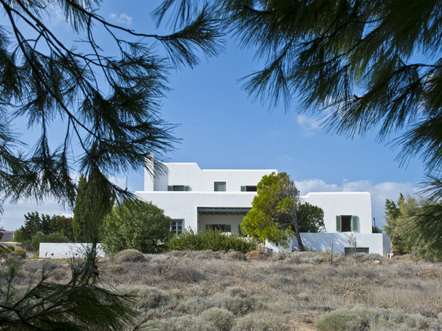 Elia Beach Villa -