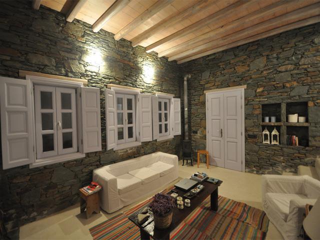 Polixeni Villa -