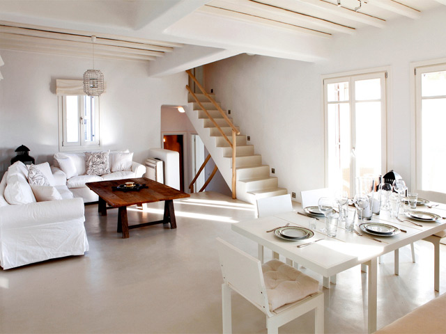 Elia White Residence Villa -