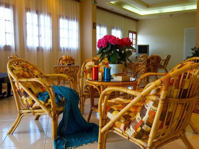 Ampelia Hotel -