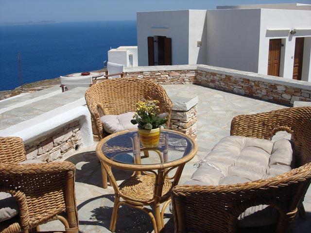Loukia Apartments -