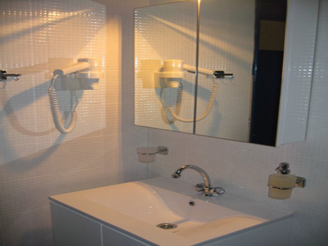 Zac Marie Rooms -