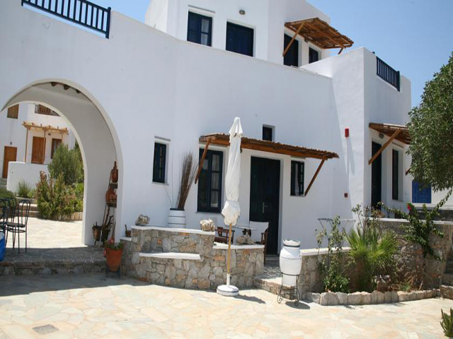 Coral Apartments -