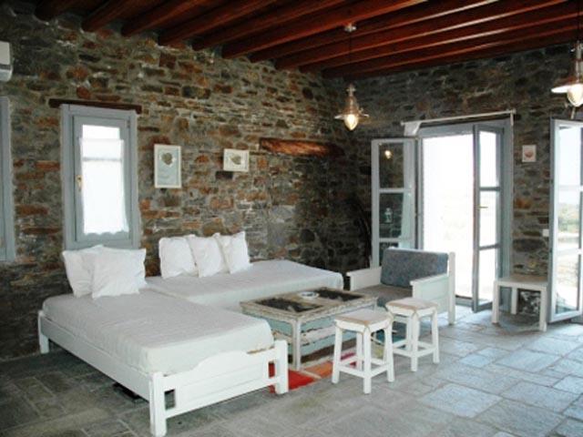 Ta Petrina Houses -
