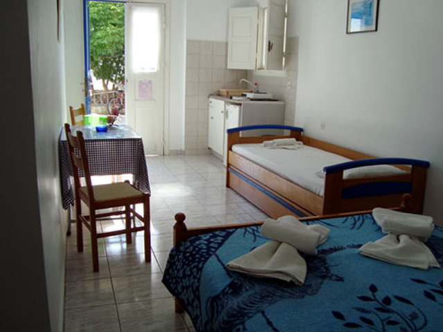 Evgenia Rooms and Apartments -