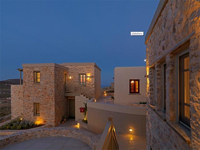 Themonies Luxury Suites -