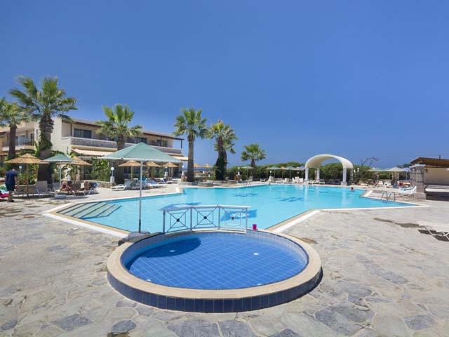 Kouros Palace Hotel -