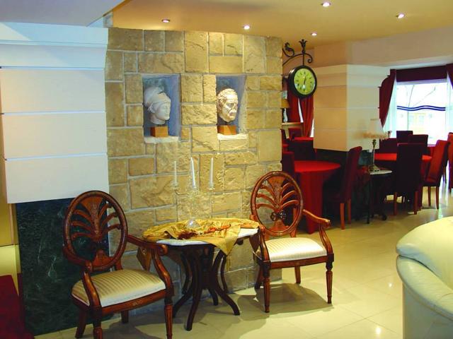 Mantas Hotel -