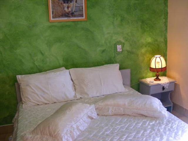 Regina Apartments -