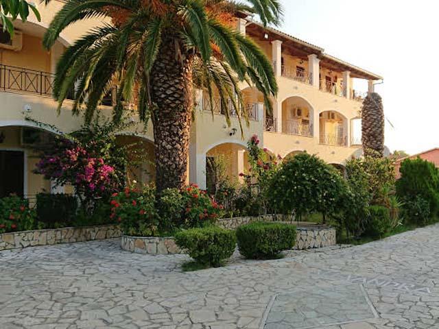 Alexandra Resort Apartments -
