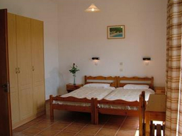 Vlassis Apartments -