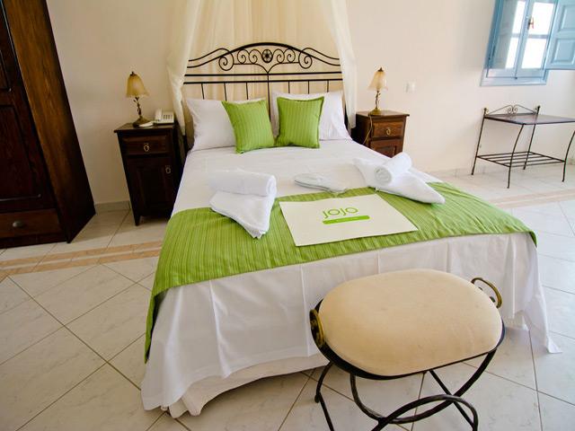 JoJo Beach Hotel -