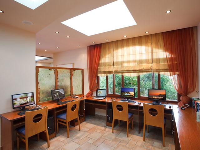 Alianthos Garden Hotel - Internet Corner