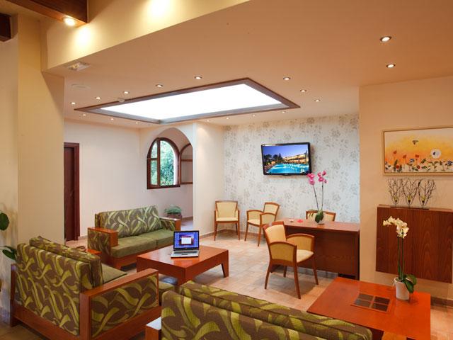 Alianthos Garden Hotel - Lobby
