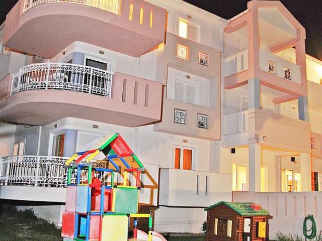 Xenos Kamara Beach Hotel -
