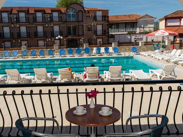 Perkes Complex Hotel -