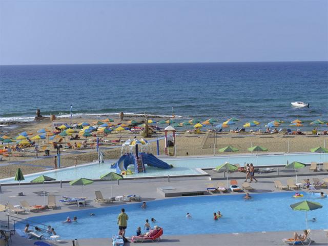 Carolina Mare (ex Phaedra Beach) -