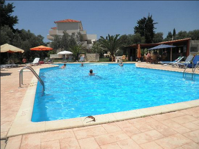 Elena Pool Apartments -