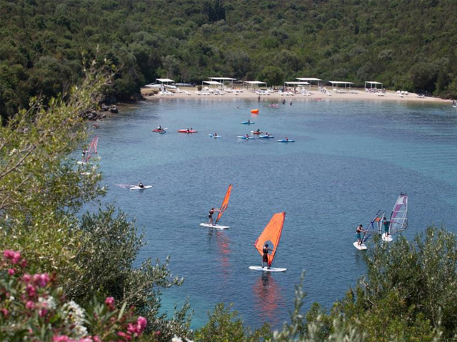 Retreat Beach Club -
