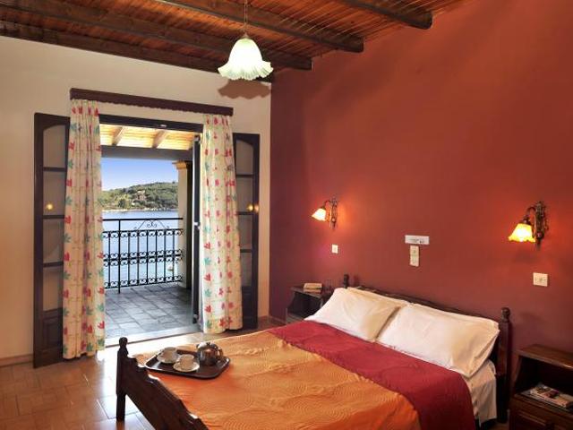 Dimitrios Apartments -