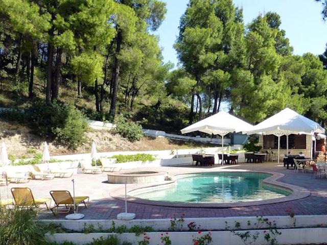Dryades Hotel -