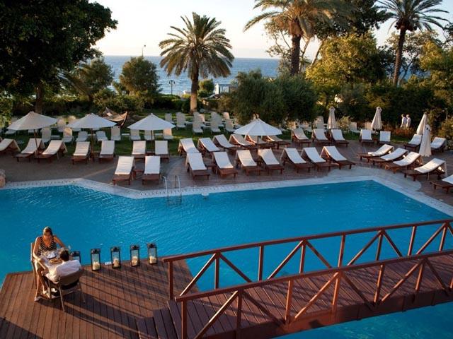 Amathus Beach Hotel -
