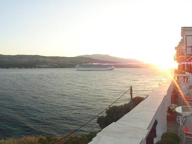 Mirini Hotel -