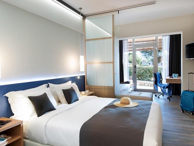 Blue Dolphin Hotel -