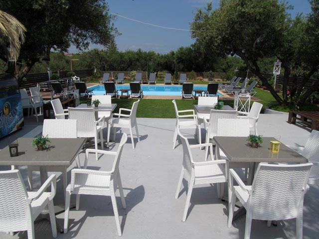 Valentina Hotel Apartments and Studios -