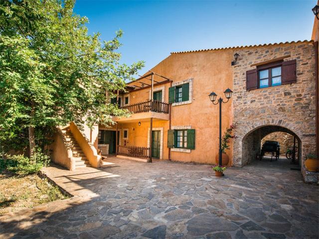 Enagron Cottages -